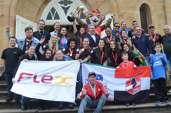 Atletas patrocinados pela Flex são destaques em eventos no Brasil e exterior